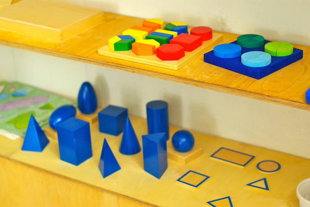 shape-matching children's game